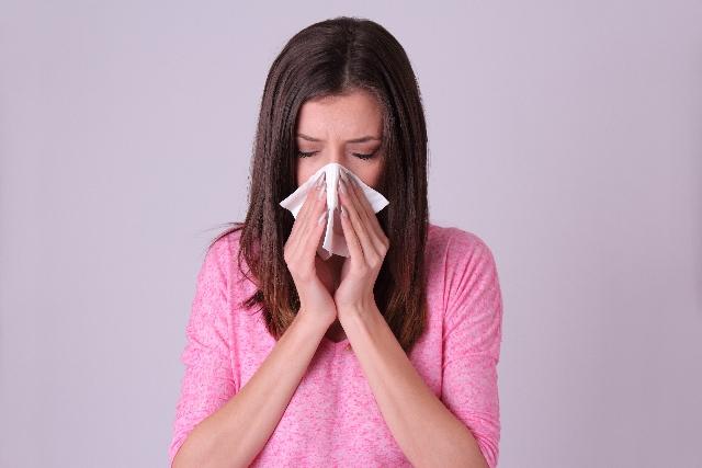 花粉症で鼻がヒリヒリ